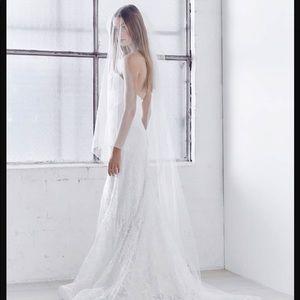 Anna Campbell Ashantha veil
